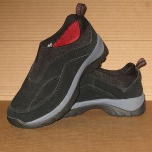 Quest Women's Trail Hiking Shoe    Size: 7.5
